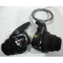 Переключатель скоростей  ( Ревшипт)  SHIMANO ,левый/правый, модель SL-RS45  ,7R/3L ,(7-ик)