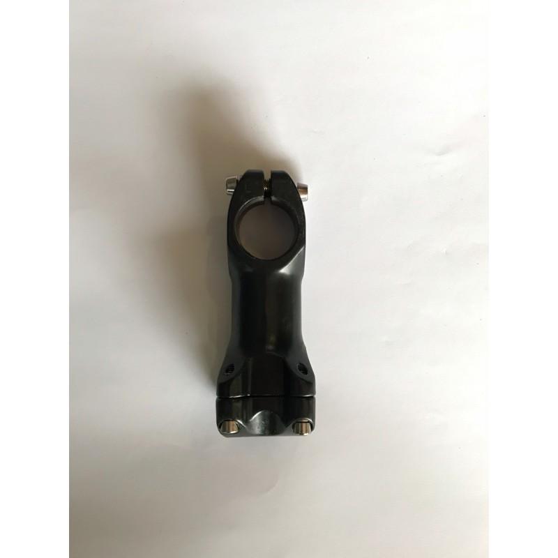 Вынос алюминиевый ,для руля ,длина 60 мм ,диаметр 31.8 ,черная